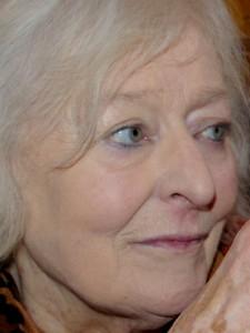 Enid Irving headshot
